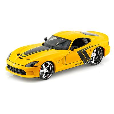 SRT Viper GTS 2013 года жёлтый тюнинг (1:24) модель автомобиля