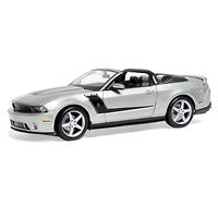 Roush 427 Ford Mustang Convertible 2010 модель 1:18